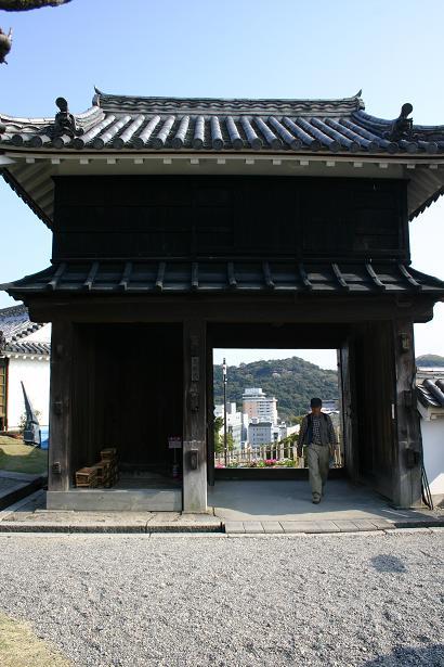 鉄門.jpg